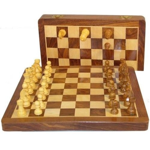 WorldWise SH914M 14 in. Folding Wood Magnetic Chess Set