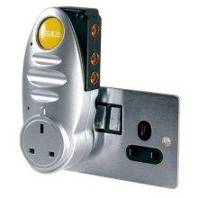 SLx Gold 2 Way Plug-Through Signal Booster - 2 Way for Digital Freeview TV