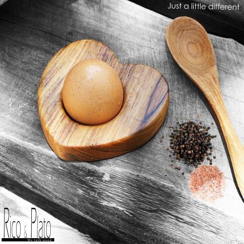 Teak Wooden Egg Cup Coeur (4pcs)